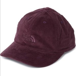 NWT North Face Corduroy Hat - Burgundy/Root Brown